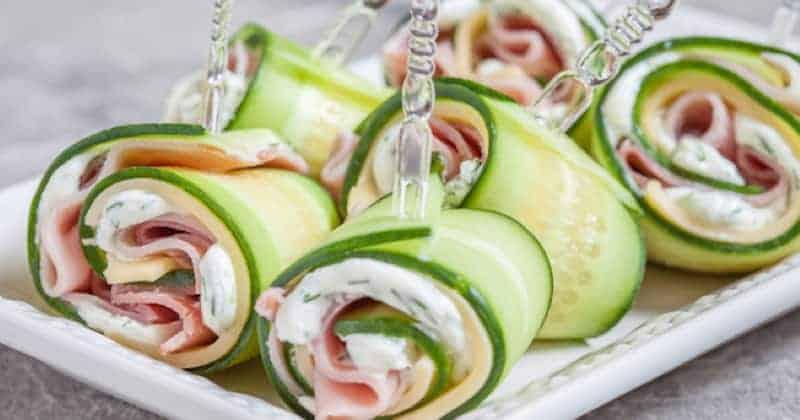 ¡Prueba estos rollitos de pepino, jamón y queso para tu próximo aperitivo!