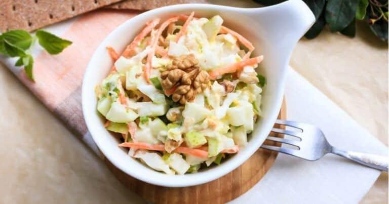 Nos encanta la ensalada de arroz con manzanas, peras y frutos secos, ¡generosa y vitamínica!
