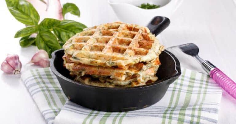 Te encantarán estos waffles de queso de cabra y hierbas