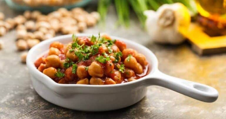 Curry indien pois chiche sauce tomates